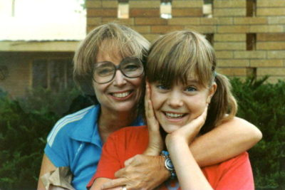 Lois Duncan with her daughter (14 at the time). Four years before her tragic end.